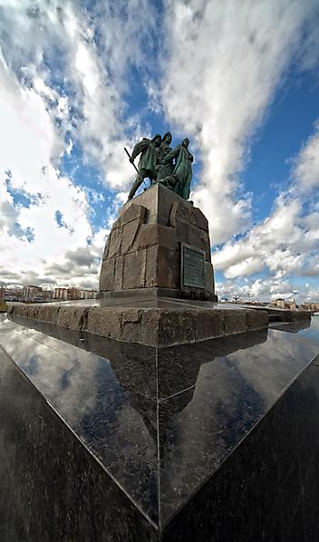 Памятник погибшим рыбакам