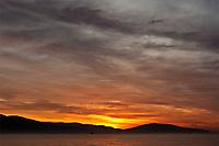 Рассвет над Цемесской бухтой
